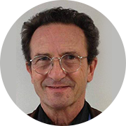 Jacques Prunier, biologiste-chercheur et fondateur du groupe SynerJ-Health a fait une découverte incroyable sur l'algue bleu-vert du lac Klamath (ABV, AFA, AlphaOne)