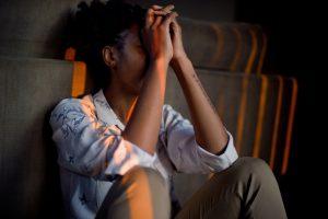 Débordé, épuisé, stressé ? SynerSMILE réponds aux besoins de la vie quotidienne avec une formule naturellement anti-dépressive et relaxante.